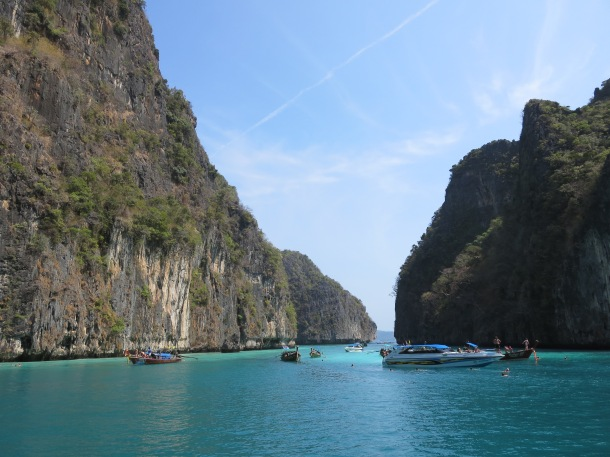 The beauty of the islands and waters around Phi Phi Island