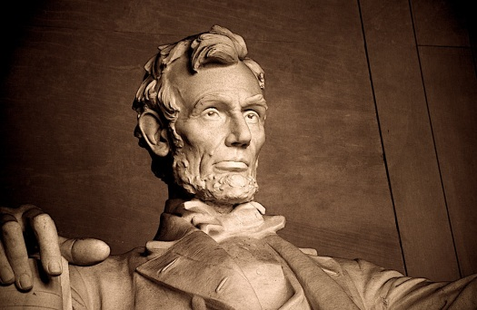 abraham-lincoln-lincoln-memorial-washington-dc-lincoln | presidents-day-nostalgia-attempting-to-summon-the-ghosts-of-presidents-day-past-help-abraham-lincoln-holiday | BL | Black Lion Journal | Black Lion