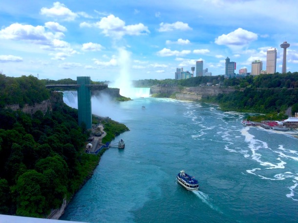 Traveler & RVer J.L. Wright Takes Us To Niagara Falls, Centennial Lilac Garden, and Floral Clock